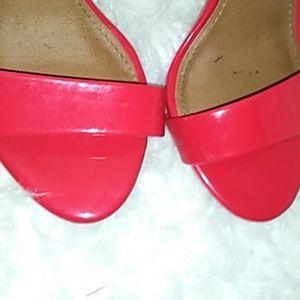 Steve Madden Shoes - Red shining heels Steve Madden